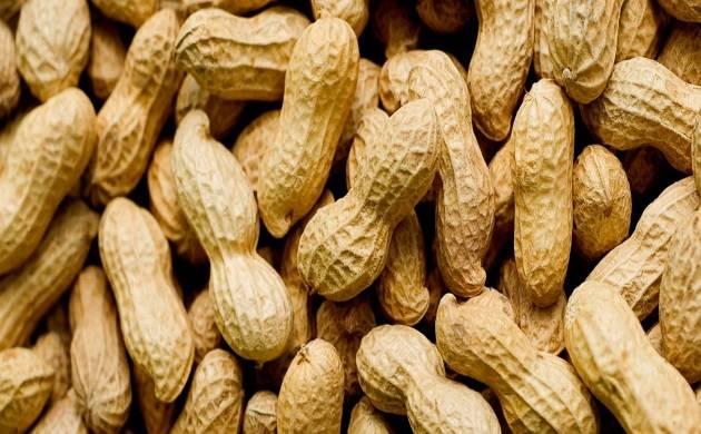 Eating peanuts may reduce heart risks, says study