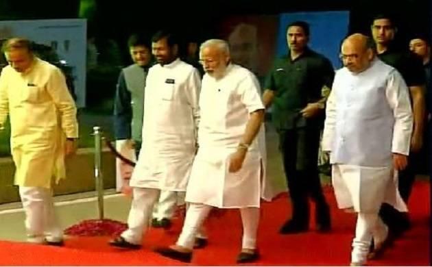 PM Narendra Modi participates in NDA meet (Source -ANI)