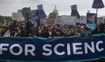 'March for Science': Anti-Trump rally spreads to 600 cities worldwide