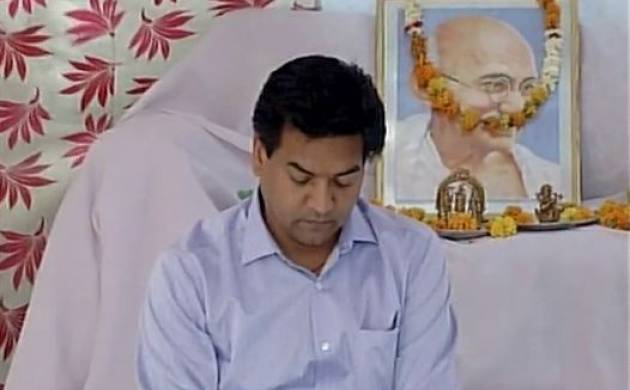 Former Delhi water minister Kapil Mishra claims he gets life threat (Source-ANI)