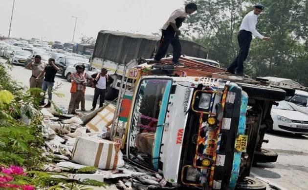 MP: 11 labourers killed as truck overturns; CM announces ex gratia (Source: PTI)
