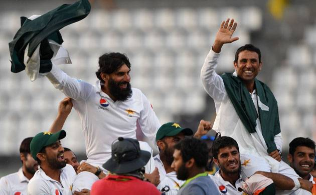 Misbah-ul-Haq and Younis Khan retire
