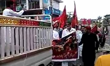 Video | Protests in PoK's Rawalkot demanding release of political leaders detained by Pakistan; 'azadi' slogans raised