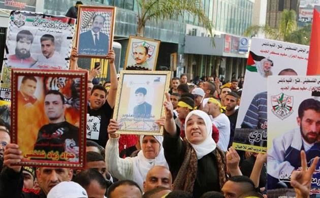 Palestinian prisoners in Israel jails end hunger strike