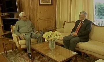 Army Chief General Rawat meets J&K Guv to brief about Army Operational Review meeting