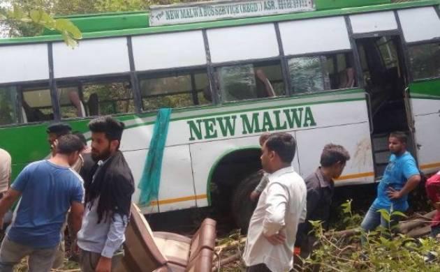 Himachal Pradesh: 10 killed as tourist bus falls into gorge (Source-ANI)