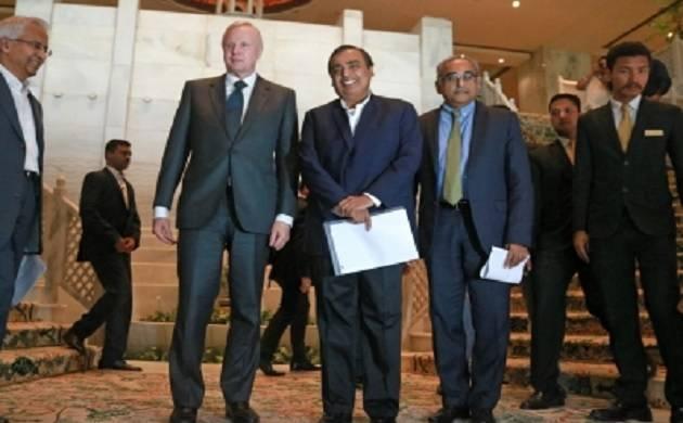 BP CEO Bob Dudley along with RIL chief Mukesh Ambani