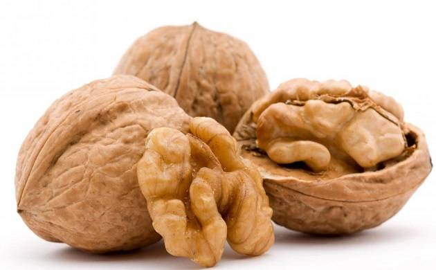 Walnuts can help to control hunger pangs, reveals study. (File Photo)
