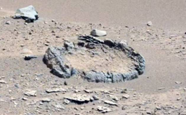 Rock circle on Mars spotted by NASA's Curiosity rover