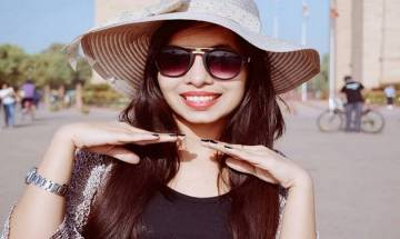 Dhinchak Pooja's peppy numbers deleted on YouTube; fans have a field day on Twitter
