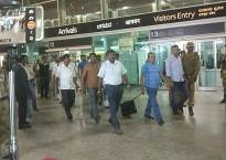 Afraid of poaching by BJP, Congress flies out 38 MLAs from Ahmedabad to Bengaluru, remaining others to join later