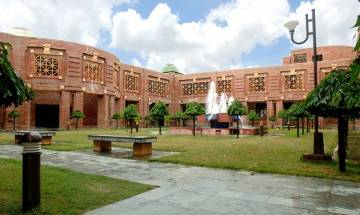 CAT 2017 to be conducted by IIM-Lucknow, all you need to know about India's biggest MBA entrance test