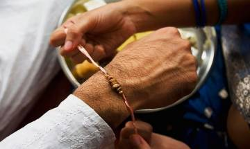 Raksha Bandhan 2017: Know more about the Shubh Muhurat and timings for tie Rakhi