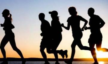 People with high income exercise most on weekends; report says