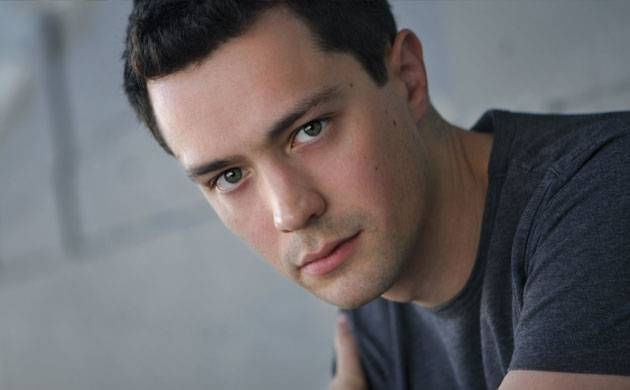 Christian Coulson to star in an indie rom-com 'Bite Me'