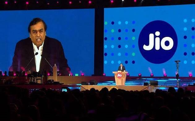 Reliance Jio offering Rs 75, Rs 76 cash back via Paytm and PhonePe, all you need to know about exciting offer