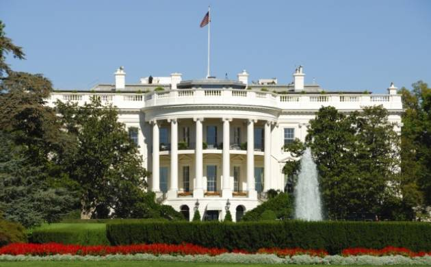 White House placed on lockdown for suspicious package investigation