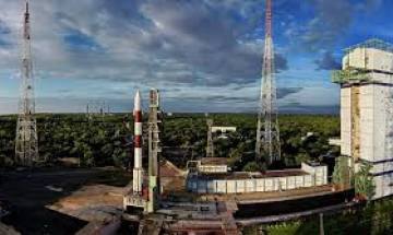 ISRO is hiring: Engineering degree holders can apply now