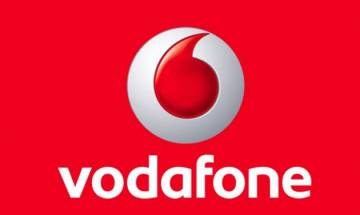 Vodafone offers cashback, full talk-time to prepaid customers