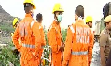 Ghazipur landfill collapse | 2 people dead, 5 rescued from spot; rescue operations underway