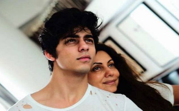 Gauri Khan is afraid to share picture of son Aryan Khan on social media!