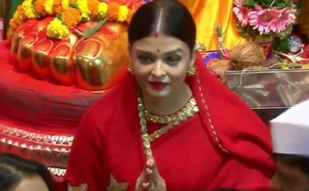 Ganesh Visarjan 2017: Aishwarya Rai Bachchan looks elegant in red saree
