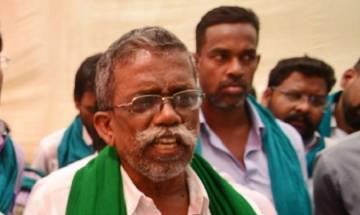 Tamil Nadu farmers consume their own 'excreta' during protest at Jantar Mantar