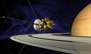 NASA's Cassini spacecraft gears up for its final plunge into Saturn