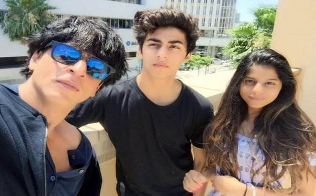 Shahrukh Khan share an heartfelt message for his kids on his father's death anniversary