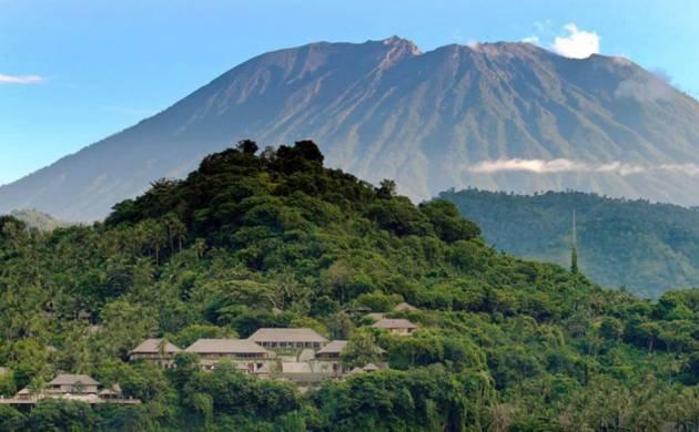 Bali volcano may erupt soon, 35,000 vacate tourist island (File Photo)