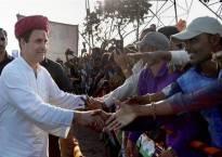 Rahul Gandhi rides on Yashwant Sinha's article to attack Narendra Modi, Arun Jaitley