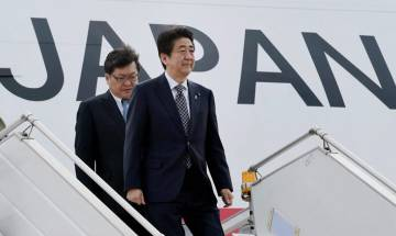 Japan: PM Shinzo Abe dissolves parliament, calls for early elections