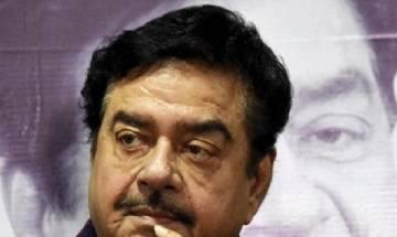 Shatrughan Sinha backs Yashwant Sinha, says a true statesman has shown govt the mirror