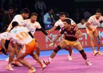 Pro-Kabaddi League Season 5: Puneri Paltan defeat UP Yoddha 34-33 in thrilling encounter