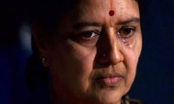 VK Sasikala visits ailing husband Natarajan at Chennai hospital, returns to niece Krishnapriya's residence