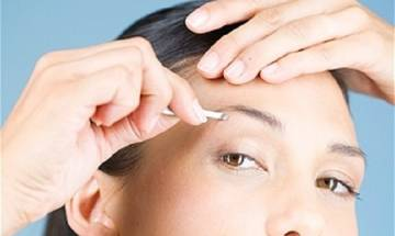 Darul Uloom Deoband issues fatwa imposing ban on eyebrow plucking