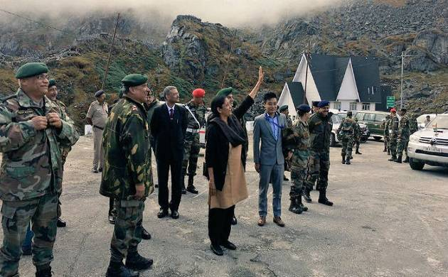 Defence Minister Nirmla Sitharaman waving at photo clicking Chinese soldiers in Nathu La (Twitter)