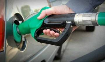 Maharashtra govt cuts prices of petrol, diesel by Rs 2, Re 1; to be effective from midnight