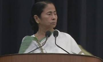WB CM Mamata Banerjee refuses to link Aadhaar with her phone; asks authorities to disconnect connection