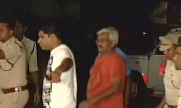 Sex CD case: Police bring journalist Vinod Verma to Mana police station