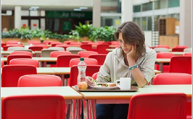 Feeling alone may cause you to have junk foods instead of healthy ones