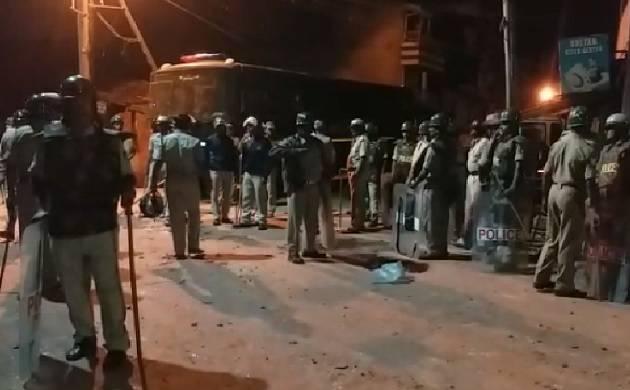 Karnataka: Violent clashes in Belagavi, one injured