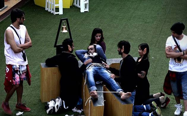 Bigg Boss 11, Episode 60, Day 59, LIVE UPDATES: Luxury budget task to turn into a nasty revenge game