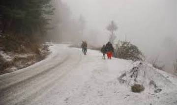 Shimla district administration issues snow advisory for tourists
