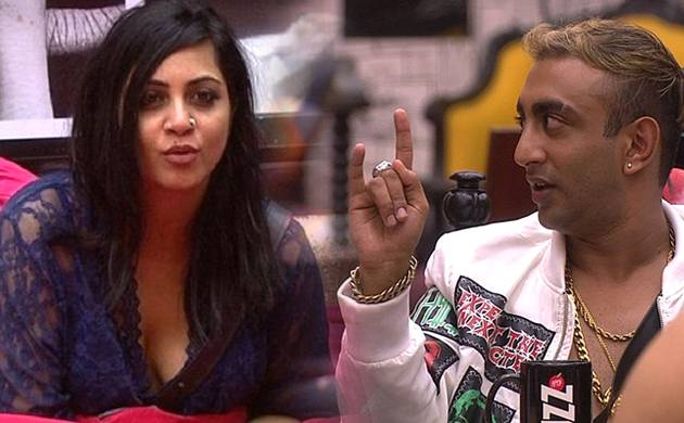 Bigg Boss 11: Akash Dadlani takes a DIG at Arshi Khan; is this part of their GAME-PLAN?