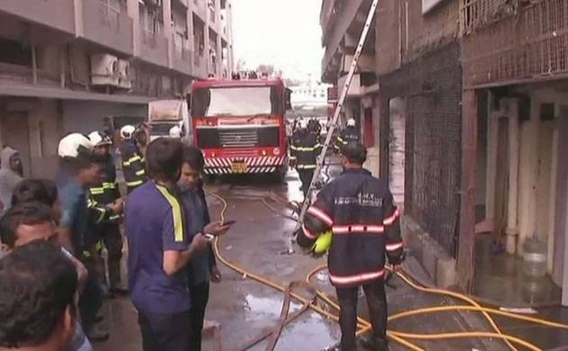 Fire breaks out in Lower Parel's building, no casualties reported (Source: ANI)