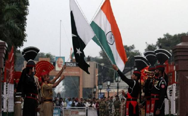 Pakistan defence minister says US trying to convince Islamabad that India is not a threat (File Photo/Source: PTI)