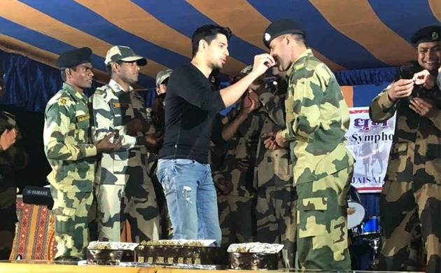 Sidharth Malhotra turns 33; Here is how 'Aiyaary' actor celebrates birthday at Jaisalmer (File Photo)
