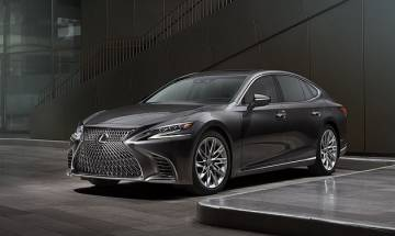Lexus LS 500h Hybrid launched in India with starting price of Rs 1.77 crore