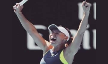 Australian Open 2018: Caroline Wozniacki beats Simona Halep to win women's singles title